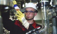 Ionenaustauscher der Marke Lewatit zur Wasseraufbereitung werden am Standort Bitterfeld produziert. (Bild: Lanxess)