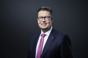 Dr. Klaus Schäfer, Chief Technology Officer und Mitglied des Vorstands bei Covestro, repräsentiert die Chemieindustrie im Nationalen Wasserstoffrat. (Bild: Covestro)